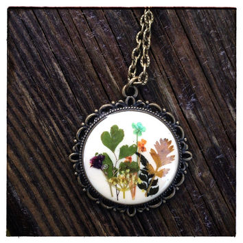 Country flower necklace pressed flower jewelry multicolor- nature inspired resib jewelry necklace with colorful flower mix - boho necklace