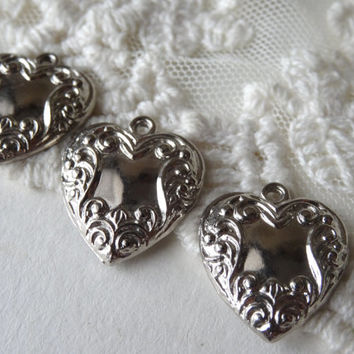 4- Silver Heart Charms Victorian Locket Looking Vintage Style Filligree Floral Charms Diy Jewelry Making Supplies