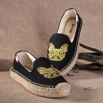 Soludos Women Thick-bottomed Black Bulldog embroidered straw shoes