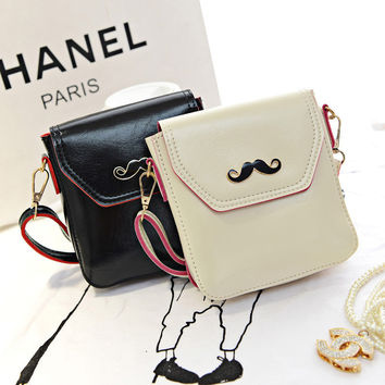 Women Classical Chic Small Bag On Sale = 4432143172