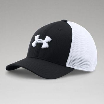 Under Armour Boys UA Classic Mesh Golf Cap Boys Under Armour Golf Cap