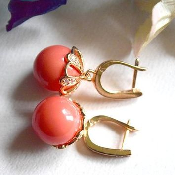 Pressed coral gold plated ear wire English lock with fianit cubic zirconia gold plated drop down earrings