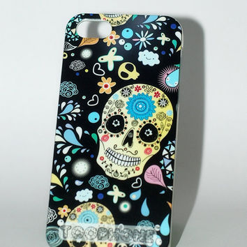 Black skull and flowers iPhone 5 case, Swarovski Crystals eyes iPhone 5 case, Special iPhone 5 case,
