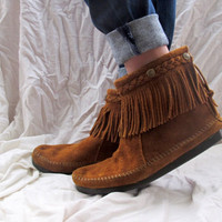Minnetonka Moccasins Boots Brown Suede Fringe Ankle High Size 10