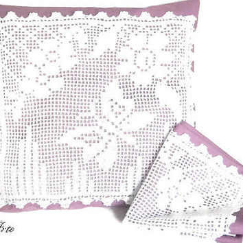 Crochet Pillow, White and Purple Pillow, Decorative Cushion, Handmade Cushion, Cushion Cover,  Cuscino (Cod. 40)