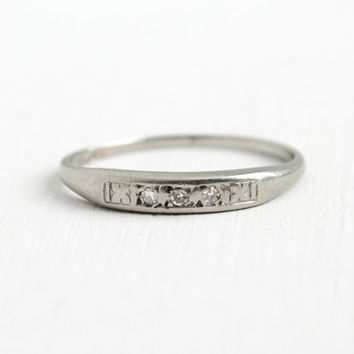Antique 14k White Gold Diamond Wedding Band Ring - Size 4 3/4 Art Deco 1930s 1940s Bridal Fine Jewelry Flower Accents