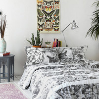 Graphic Garden Double Duvet Cover in Monochrome - Urban Outfitters