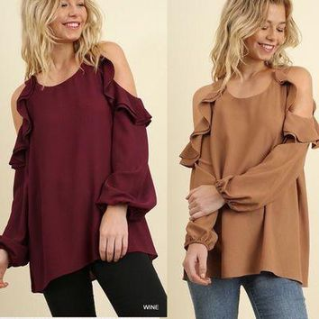 Umgee cold shoulder puff sleeve ruffle top