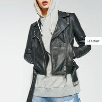 BASIC LEATHER JACKET