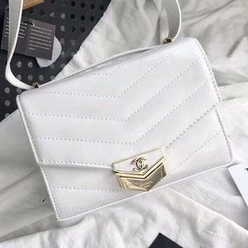 Chanel new retro metal button imported leather v-shaped chain slanting women's single shoulder bag