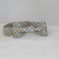 Gray, Yellow and White Polka Dot Men's Adjustable Bowtie