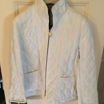 Burberry White Quilted Zip Up Jacket