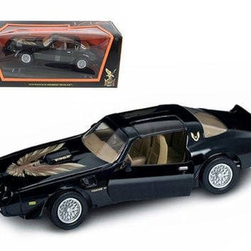 1979 Pontiac Firebird Trans Am Black 1-18 Diecast Model Car by Road Signature