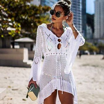 Crochet White Knitted Beach Cover up 2019 New Mujer Bikini Cover up Tunic Long Pareos  Swim Cover up Robe Plage Beachwear