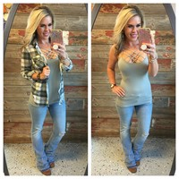 Penny Plaid Flannel Top: Grey/Ivory