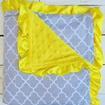 Lattice Ruffle Minky Blanket