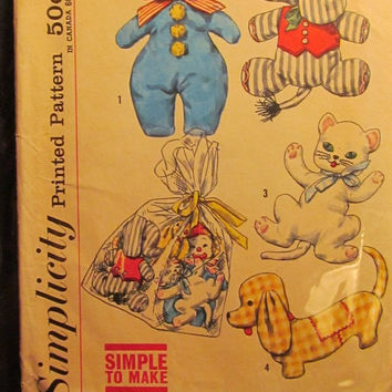 SALE Uncut/Cut 1950's Simplicity Sewing Pattern, 2329!Stuffed Clown/Elephant/Cats/Dogs/Net Bags/Toys/Kids/Children/Home Decor/Arts & Crafts