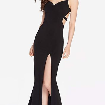 Long Open-Back V-Neck Alyce Prom Dress