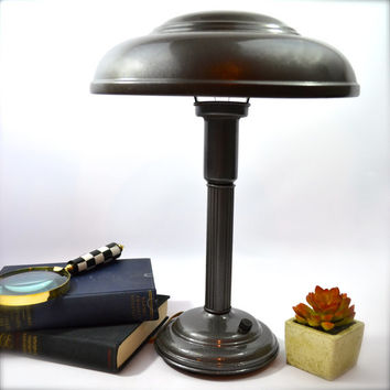 RARE WORKING Mid Century Modern Table Lamp, Metal UFO Lamp, Industrial Atomic Age Lamp,