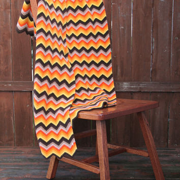 Vintage Chevron Pattern Small Throw Blanket, Perfect for Halloween or Fall Decor
