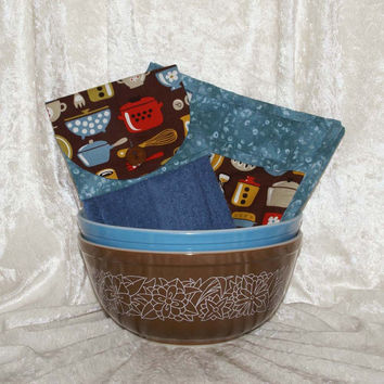 3 Piece Kitchen Set • Handmade Hanging Hand Towel • 2 Pot Holders • Vintage Dish • Retro  Coffee Dutch Oven Baking Tools Brown Blue