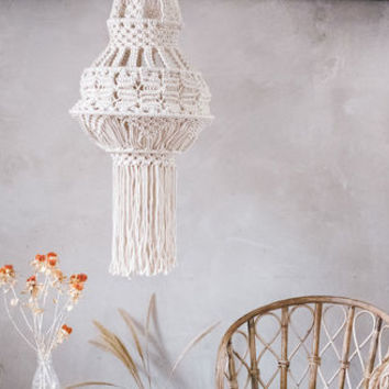 Macrame Lampshade In Cream Perfect For Weddings