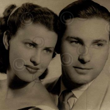 Digital Download, Vintage Couple 1950s Photo, Black & White Engagement Photo, Lovers Portrait photo, Old photo Printable Photo, Snapshot