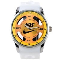 Nike Trending Women Men Casual Big Logo Watch Stylish Watch Sport Movement Lovers Watch White Green I-SBHY-WSL
