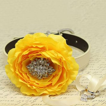 Yellow Peony Flower Ring Bearer Dog Collar, Pet Wedding, Puppy Proposal, Beaded dogs collar