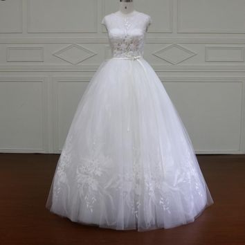 Ball Gown Wedding Dresses 3D Floral Handmade Tulle Cap Sleeves Bridal Gowns