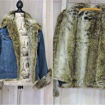 90s fur lined Denim jacket / Womens size S / M / faux fur jean jacket / boho / hipster