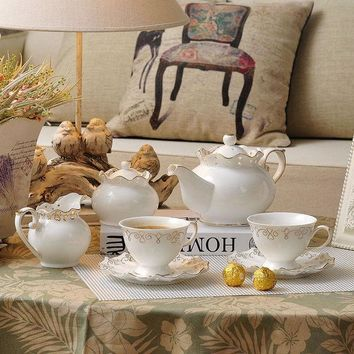 MDIG9GW 2016 new coffee mug european tea set cup and saucer set coffee cup set white sets saucers protein shaker Elegant hollow ceramic