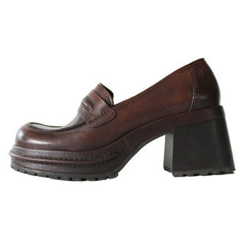 Brown Leather Platform Penny Loafers 90s Vintage Hipster Grunge Chunky Rubber Sole Shoes Womens Size US 8 UK 6 EUR 38-39