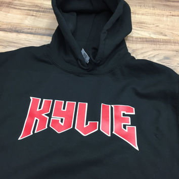 kylie  jenner hoodie, kylie scriped hoodie, kylie shop, kylie merchandise,  the kylie shop kylie jenner clothing, kylie jenner kylie shirt