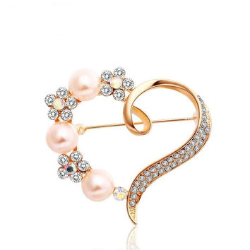 Alloy Rhinestone Pearl Heart Shaped Brooch