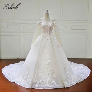 Amazing Boat Neck Full Sleeves A Line Special Flower Lace Bodice Wedding Dress Zipper Closure Court Tail Appliques Bridal Gown