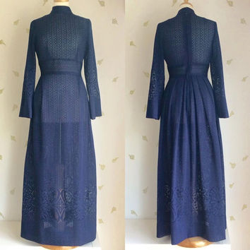 1970's Sheer Lace Maxi Dress / Midnight Blue / Crochet / Floral Lace / 28 W / Vintage 70s