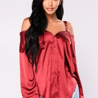 Yesenia Satin Top - Burgundy