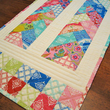 HANDMADE Quilted Tablerunner, Tradewinds, Friendship Braid, Scrappy, Moda, You Zig and I'll Zag Table Topper, One of a Kind, Ready to Ship