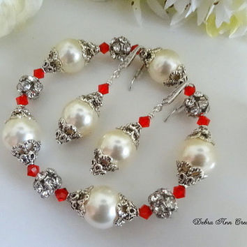Swarovski Cream Pearl Red Crystal Bracelet Earring Set Antique Silver Red Bridesmaid Set Red White Wedding Bridal Jewelry Mother of Bride