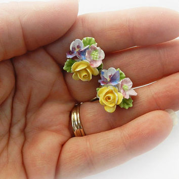 1950's Porcelain Floral Earrings / Porcelain China Flower Jewelry / Made in England / Ceramic Bouquet Screw On Earrings