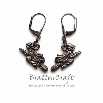 Witch Flying on Broom Earrings - Flying Witch Earrings - Halloween Jewelry - Halloween Earrings - Samhain - Witch Jewelry - Epsteam