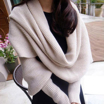Unisex Winter Scarf With Sleeve