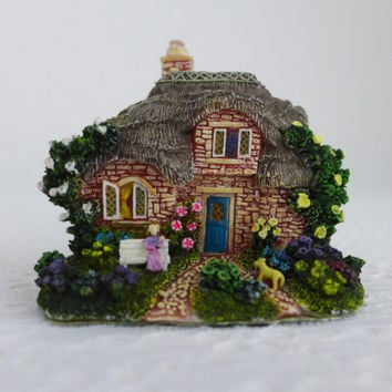 Miniature Cottage, Mini English Cottage, The Leonardo Collection, Thatched Roof Cottage, Tiny Resin Cottage Figurine,  English Garden