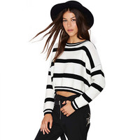 Black and White Stripes Long Sleeves Knitted Cropped Sweater