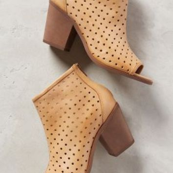 Kelsi Dagger Kyoto Shooties Neutral
