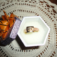 Vintage Golden Buckle Ring