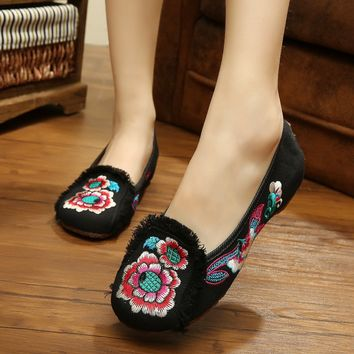 US SIZE Fashion Chinese Style Old Beijing Loafer Flats With Tassel Embroidered Shoes Red+Black Casual Cloth Shoes Women