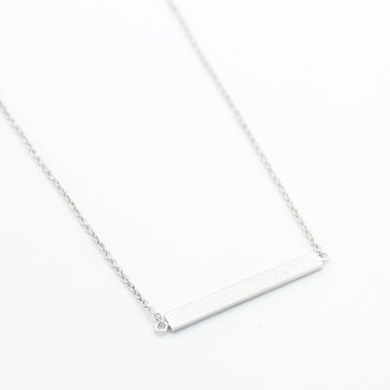 Bar sterling silver necklace