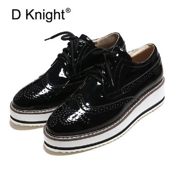 Plus Size 34-43 Brogue Platform Oxford Shoes For Women Vintage British Style Flats Lace Up Female Oxfords Ladies Casual Shoes